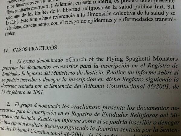Imagen de un libro de Derecho eclesiástico hablado del caso